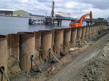 21.000 tonnellate di palancola tubolare spedite al porto di Manzanillo, in Messico.